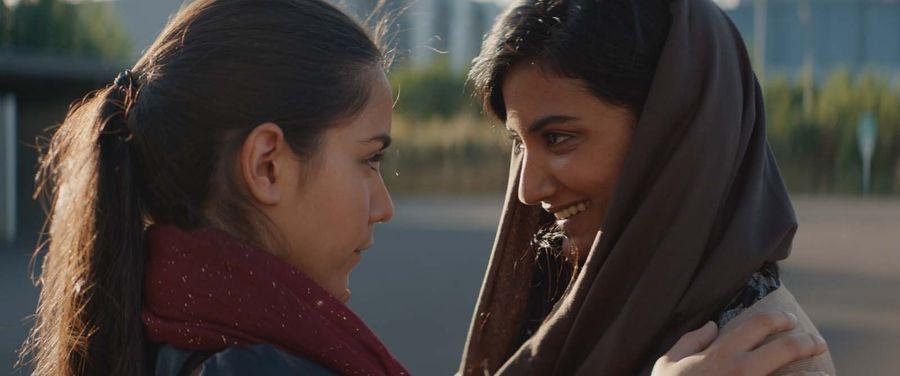 Noces film 2017 stephan streker for Chambre 13 film marocain trailer