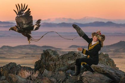 The Eagle Huntress - Picture 1