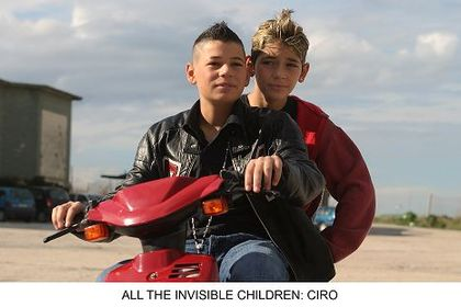 All the Invisible Children - Foto 6