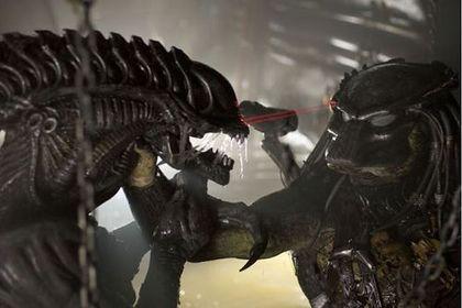 Aliens vs. Predator: Requiem (AVPR) - Foto 1