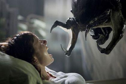 Aliens vs. Predator: Requiem (AVPR) - Foto 3