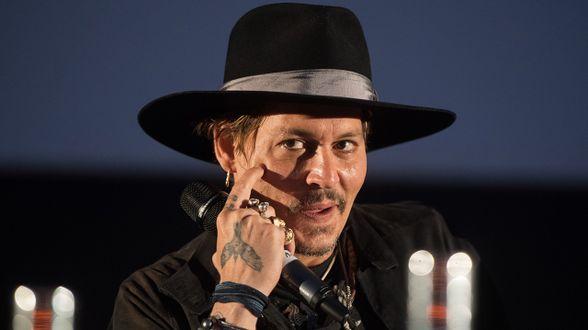 Johnny Depp s'excuse après ses propos évoquant un assassinat de Trump - Actu