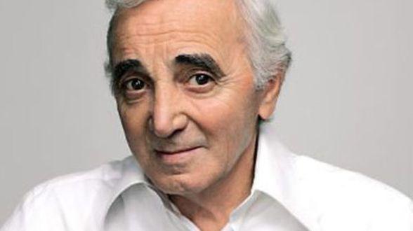 Charles Aznavour honoré par une étoile à Hollywood - Actu
