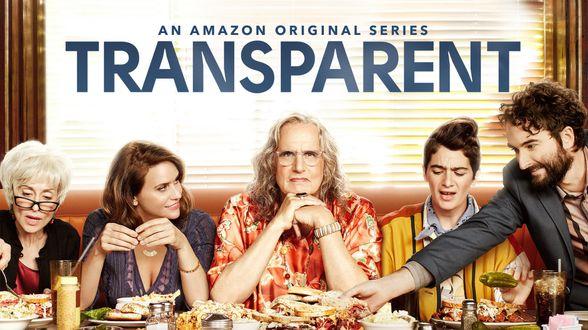 La série Transparent revient, alors que Trump s'en prend aux transgenres - Actu