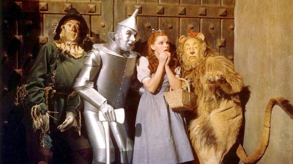 Dorothy en de tientallen perverse dwergen - Actueel