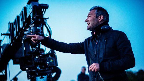 Hans Herbots in de regiestoel van BBC-HBO miniserie Rellik - Actueel