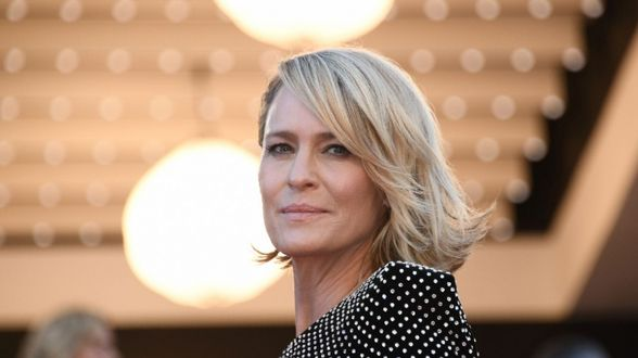 Actrice Robin Wright droomt van Michelle Obama als president - Actueel