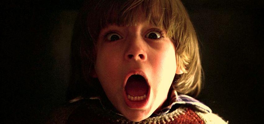 les 9 films d 39 horreur regarder sur netflix pour un marathon halloween actu cinema. Black Bedroom Furniture Sets. Home Design Ideas