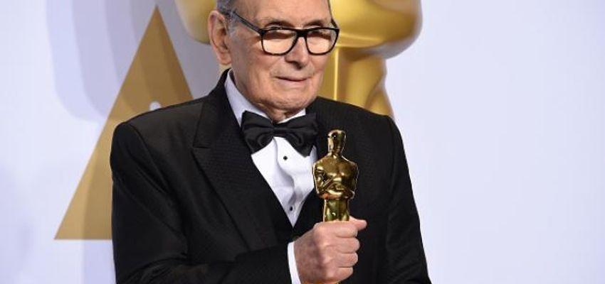 Ennio Morricone wint Oscar voor beste originele muziek