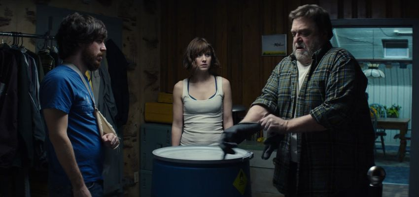 10 Cloverfield Lane, Moonwalkers, 50 Shades of Black, Uw Cinereview