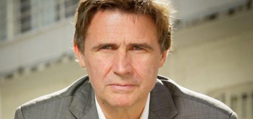 Erik Van Looy dwingt premier tot moord op Amerikaanse president